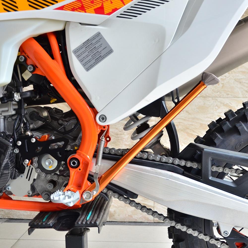 JFG RACING Orange Forged Side Kickstand Kick Stand For 150-530 XC XCW XCF XCFW EXC XCRW EXCR HUSQVARANA 125-570 TE FE FX